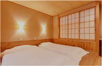 露天風呂付特別客室 花かすみの間(ベッド)